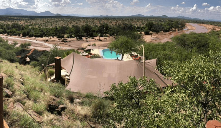 5 Romantic Safari Camps