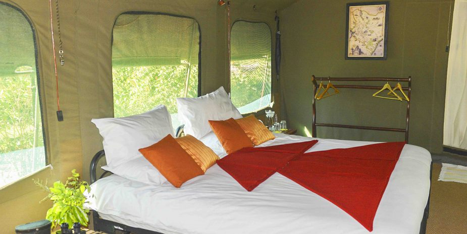 VIP-Camp-Tent-Double2-925×465-1