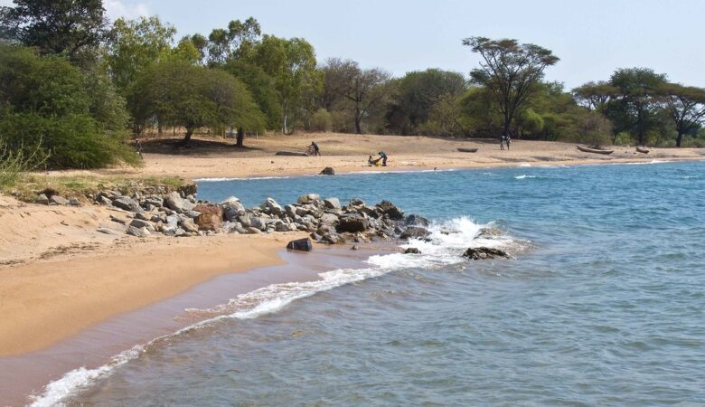 10 best places to stay in lake malawi